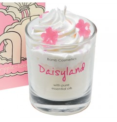 Daisyland Whipped Candle